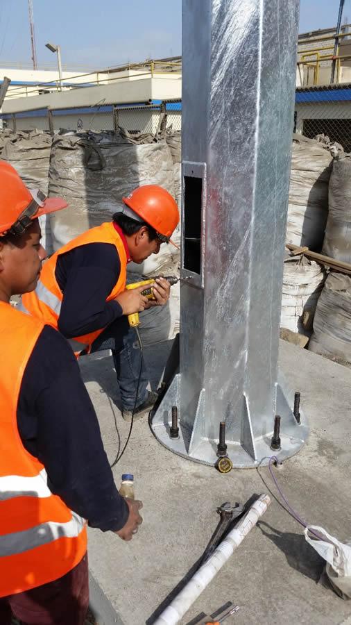 postes metalicos